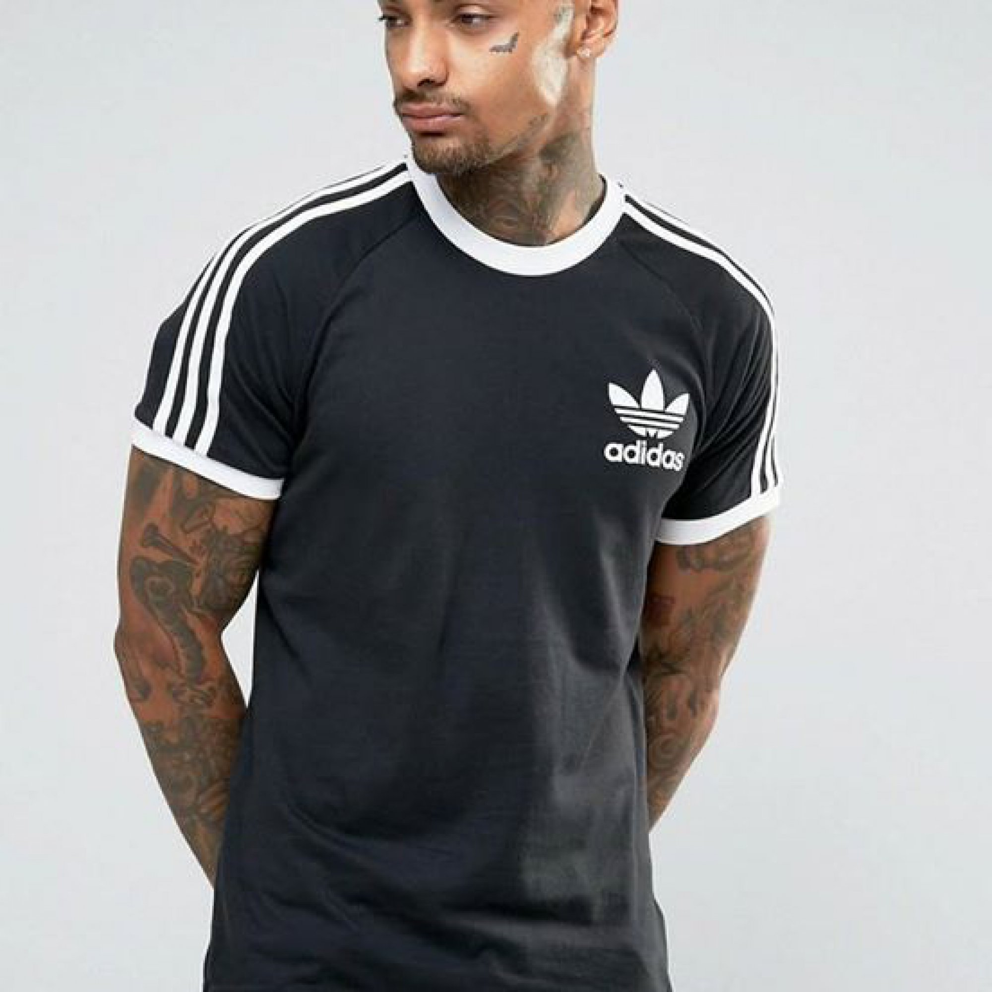 5125d359449 Adidas Originals 3 Stripes T-shirt in Black – brandedleftovers